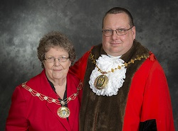 Mayor Cllr Frankum and Mayoress Cllr Jane Frankum 250